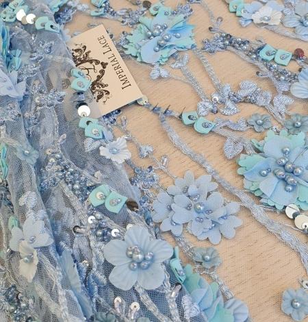 Zils 3D ziedu organisks raksts uz tilla auduma. Photo 2