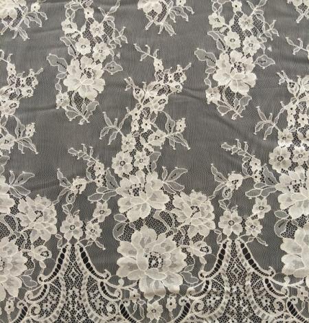 Miesas krāsas puķaina Chantilly mežģīne. Photo 1