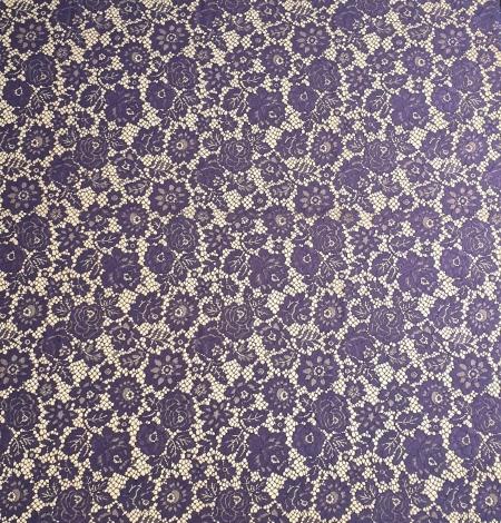 Lilac guipure lace fabric. Photo 5