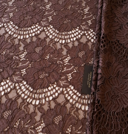 Brown floral guipure lace fabric . Photo 8