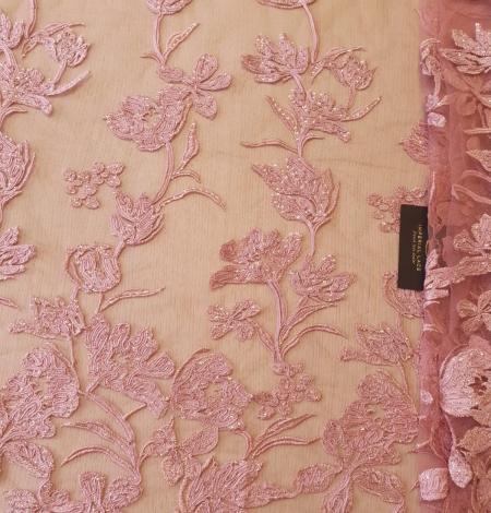 Aveņu rozā ziedu raksta izšuvums ar fliteriem uz mīksta tilla auduma. Photo 7