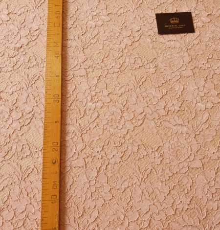 Light old rose guipure lace fabric. Photo 8