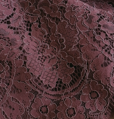 Reddish brown guipure lace fabric. Photo 4