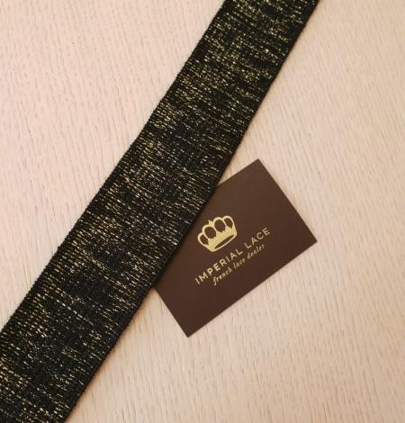 Melns ar zelta gumijas lentes aplikācija. Photo 4