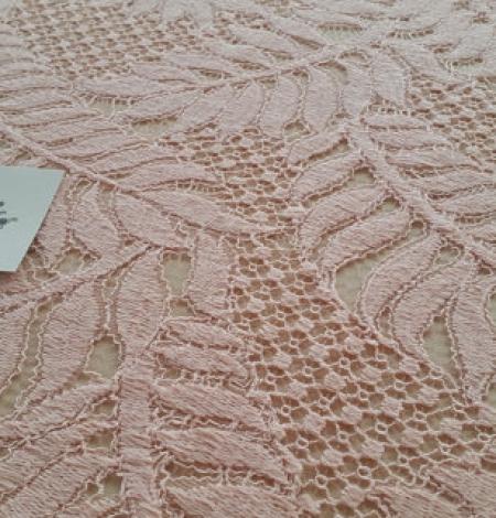 Rozā organiska raksta guipure mežģīņu audums. Photo 2
