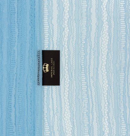 Gaiši zils abstrakts līniju chanttilly mežģīņu audums. Photo 4