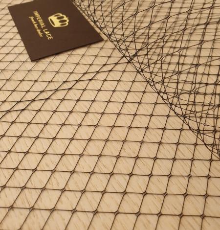 Melnas cepures tīkla tilla audums. Photo 3