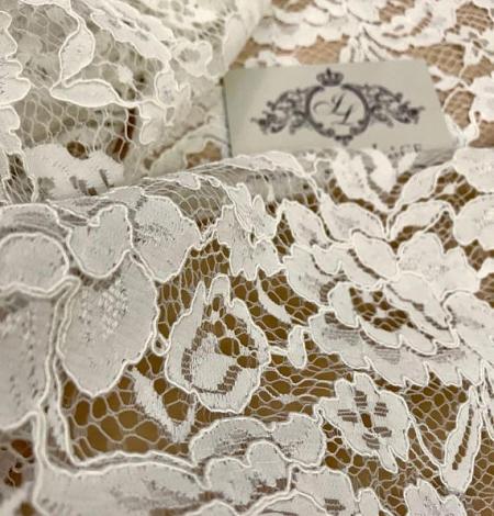 Ivory Lace Fabric. Photo 2
