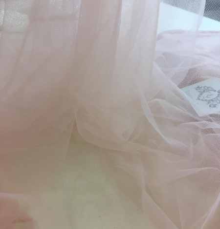 Pink lace tulle. Photo 3