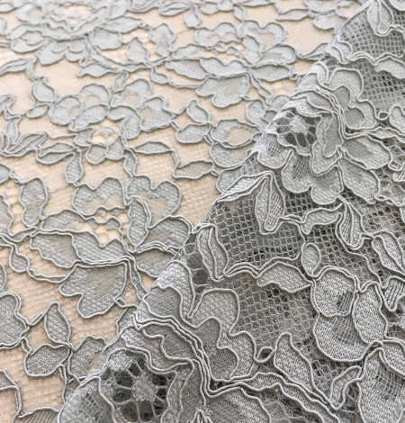 Pistachio lace fabric. Photo 6