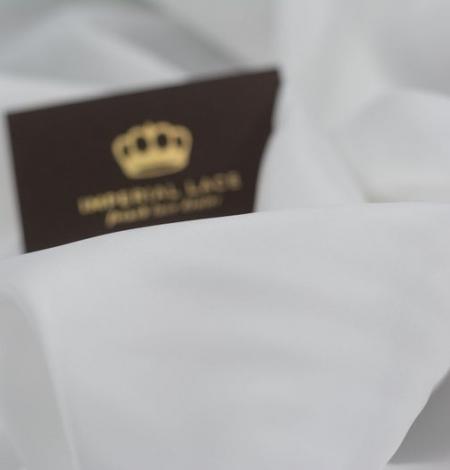 Piena balts Cuprus viskozes oderes audums. Photo 2