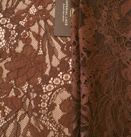 Brown floral pattern guipure lace fabric. Photo 1