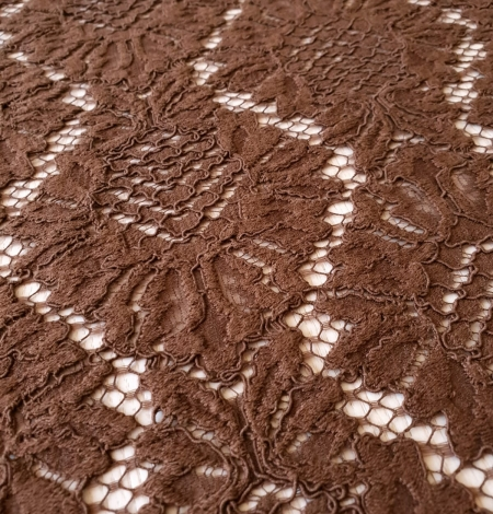 Brown floral guipure lace fabric. Photo 4