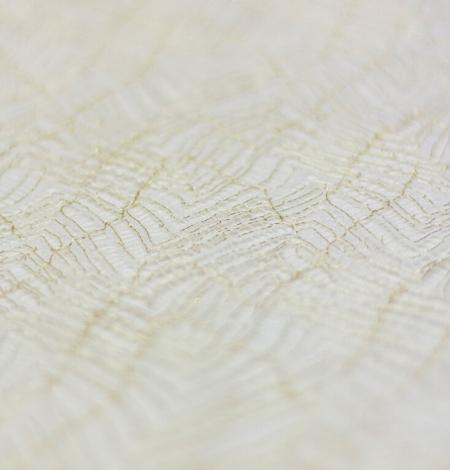 Ziloņkaula ar zelta diegu organisks raksta chantilly mežģīņu apdare. Photo 4