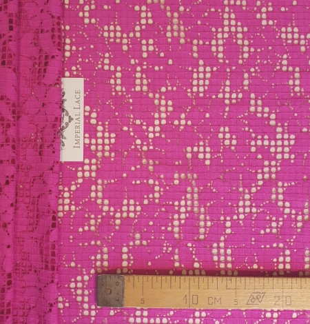Fuchsia pink floral guipure lace fabric. Photo 6