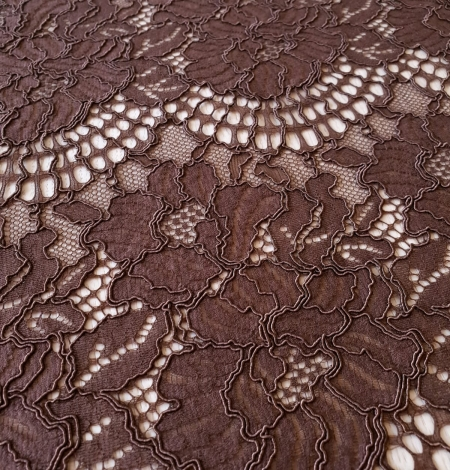 Brown floral guipure lace fabric . Photo 7