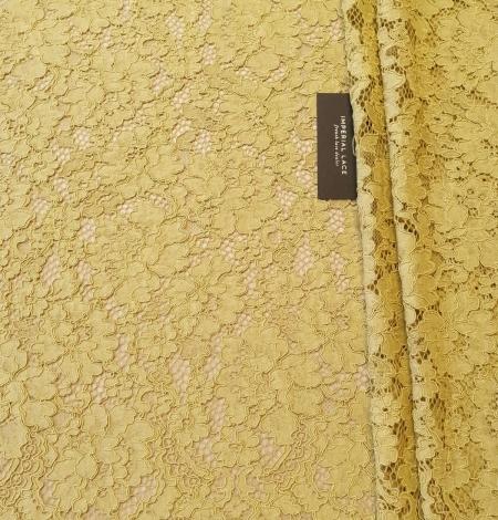 Pistachio green guipure lace fabric. Photo 6