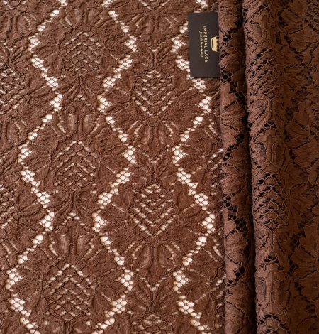 Brown floral guipure lace fabric. Photo 5