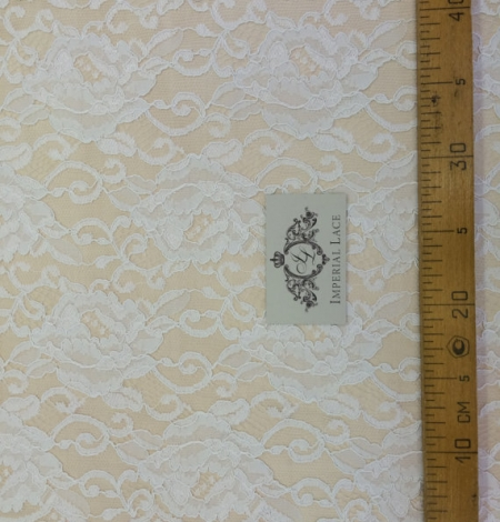 Off-white Lace Fabric. Photo 5