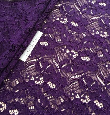 Violets ziedu raksta guipure mežģīņu audums. Photo 1