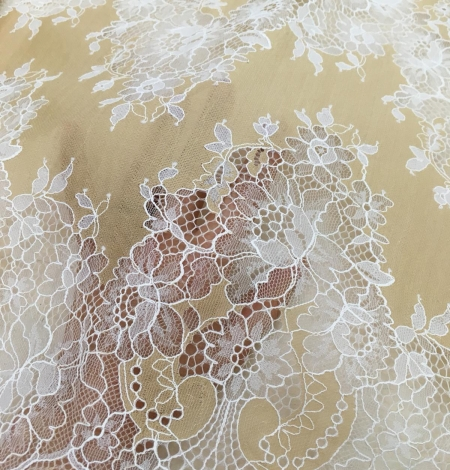 Dark beige lace fabric. Photo 2