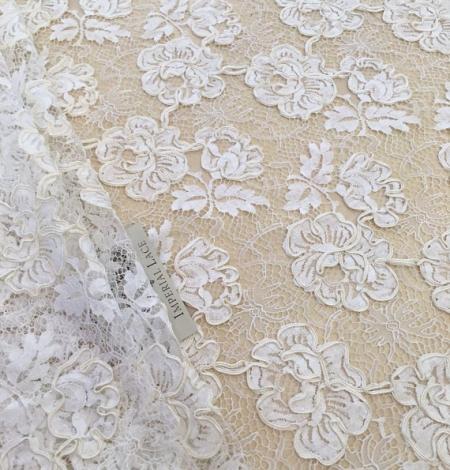 Ivory French lace fabric. Photo 6
