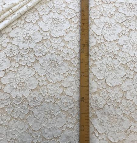 Ivory lace fabric. Photo 9