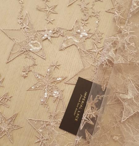 Veci rozā zvaigžņu raksts ar chantilly deteļām un fliteriem izšuvums uz tilla auduma. Photo 1