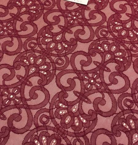 Sarkana Chantilly Mežģīne. Photo 4