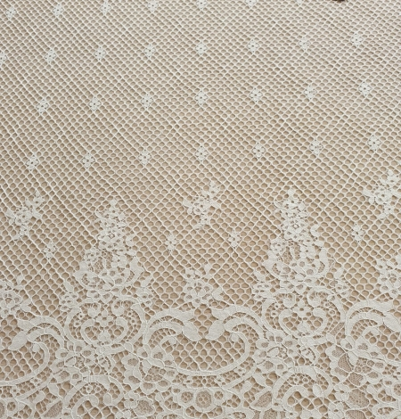 Ivory mesh floral guipure lace fabric. Photo 2
