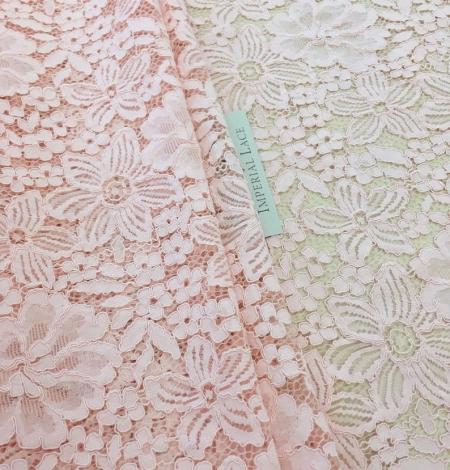 Laša rozā puķaina biezā mežģīne. Photo 1