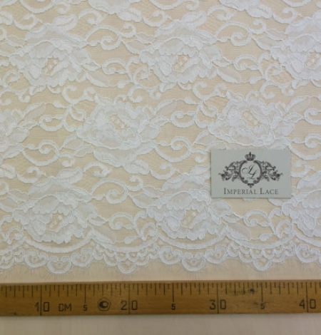 Off-white Lace Fabric. Photo 4