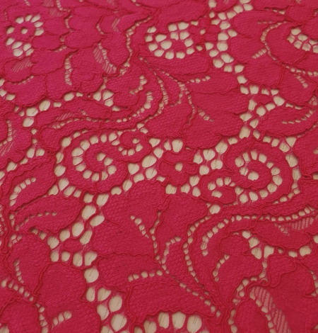 Raspberry pink 100% polyester floral pattern guipure lace fabric. Photo 5