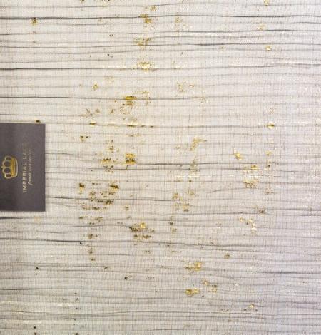 Melns gofrēts tilla audums ar zelta foliju. Photo 2