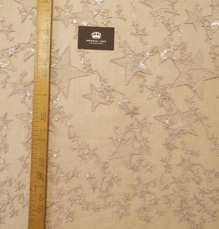 Veci rozā zvaigžņu raksts ar chantilly deteļām un fliteriem izšuvums uz tilla auduma. Photo 10