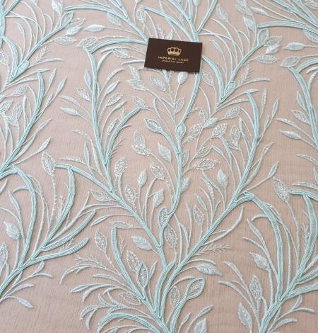 Tiffany zils lapu raksta izšuvums uz tilla auduma. Photo 2