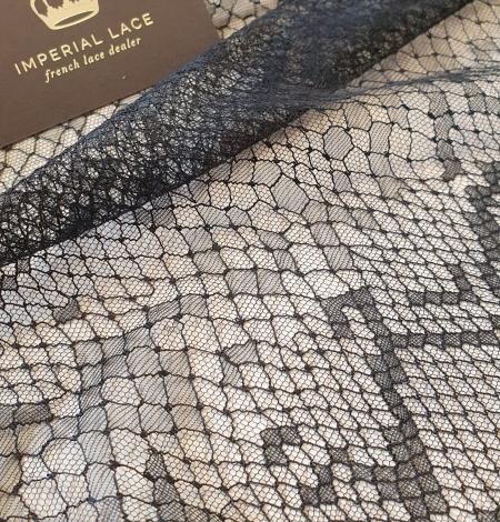 Black chantilly viscose snake pattern lace fabric . Photo 5