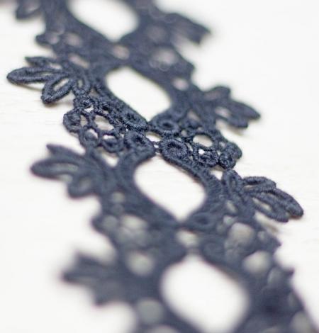 Melna ziedu raksta macrame mežģīņu mala. Photo 3