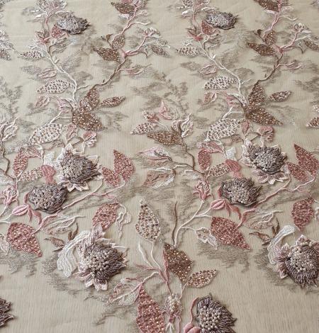 Veci rozā ziedu biezs izšuvums ar plāno mežģīni uz tilla. Photo 6