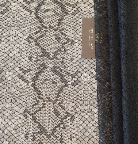 Black chantilly viscose snake pattern lace fabric . Photo 8